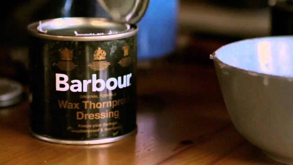 バブアーのレプルーフオイル缶