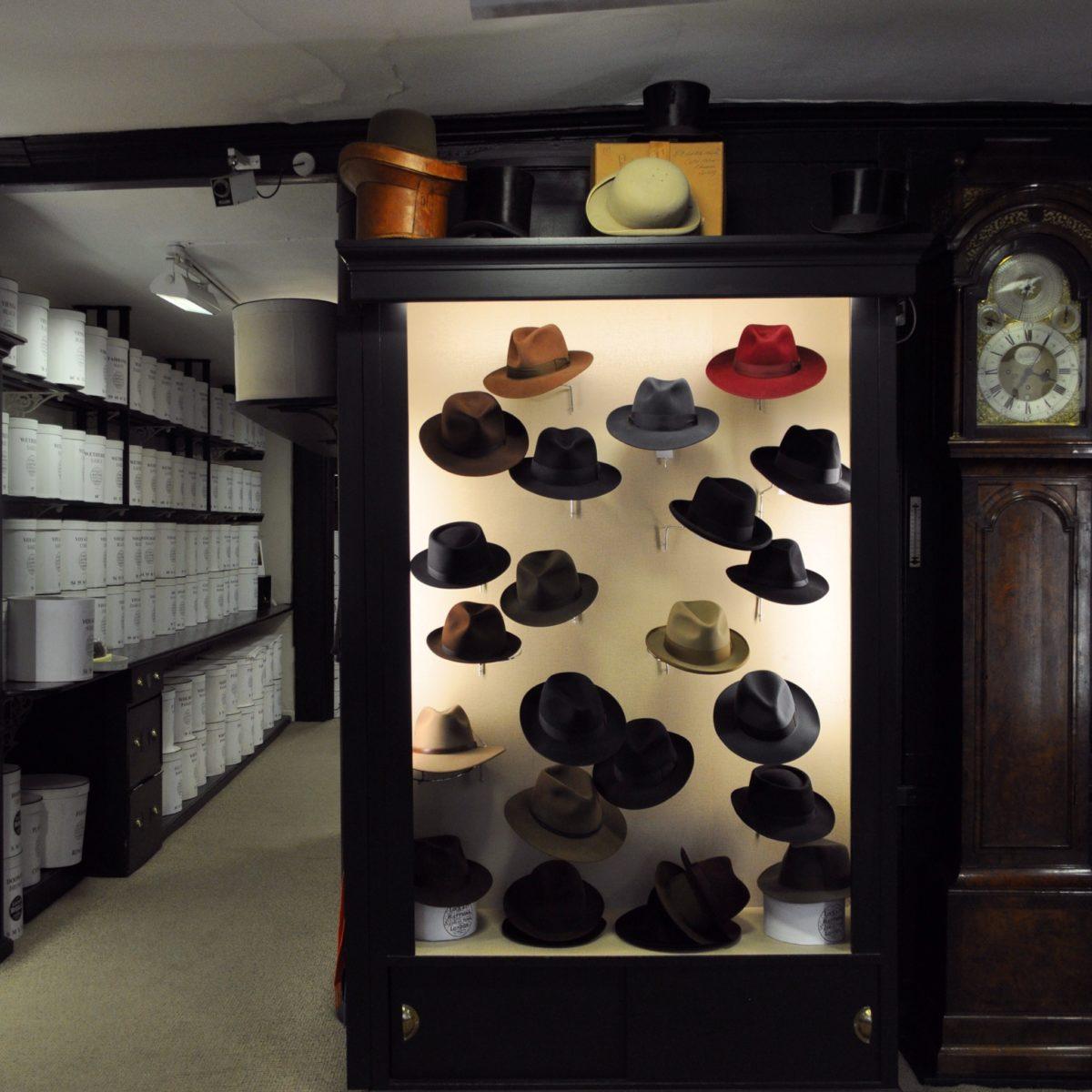世界最古の帽子ブランドジェームスロックアンドコーのボイジャーは最高の被り心地