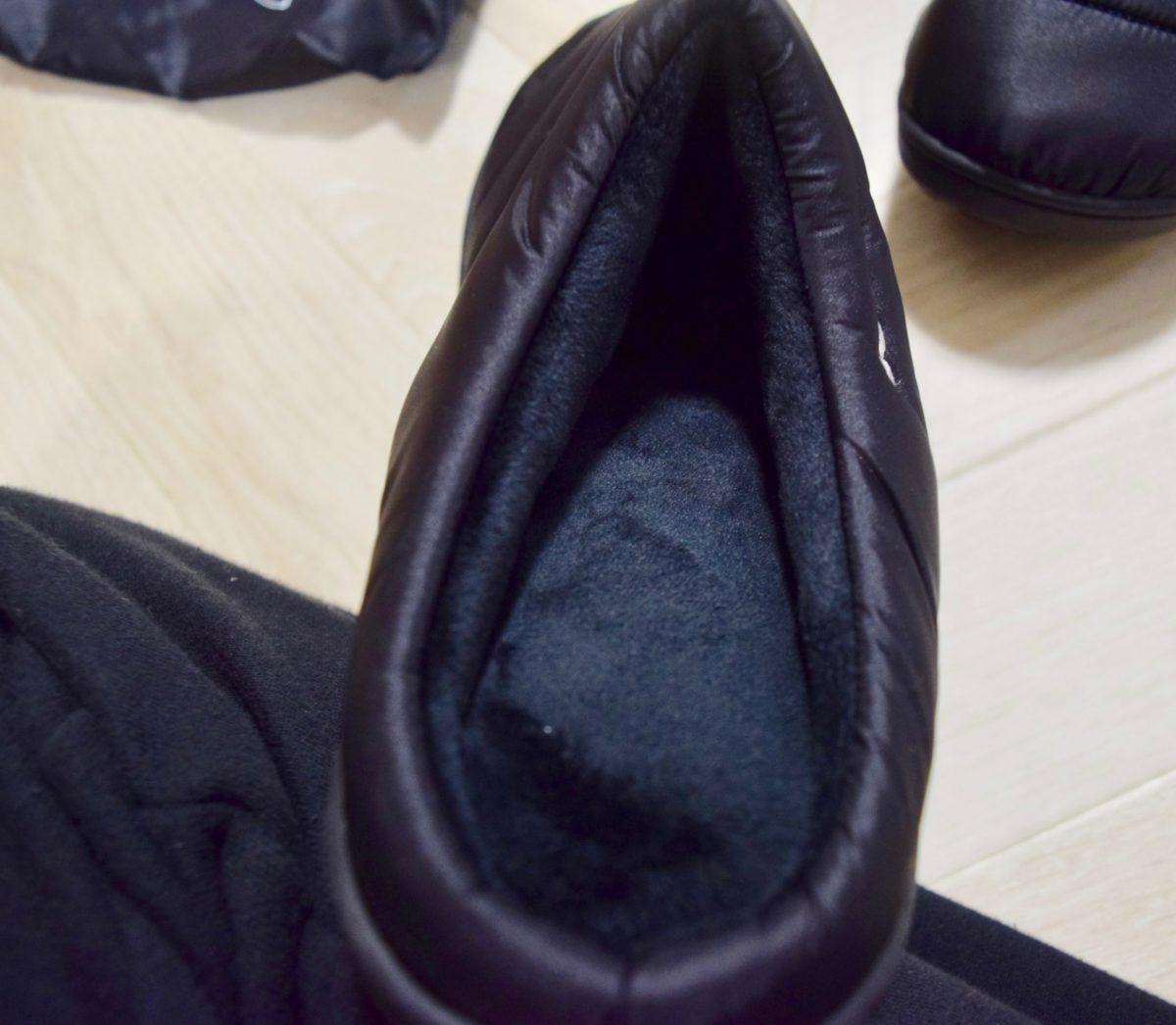 スブのサンダルの履き口