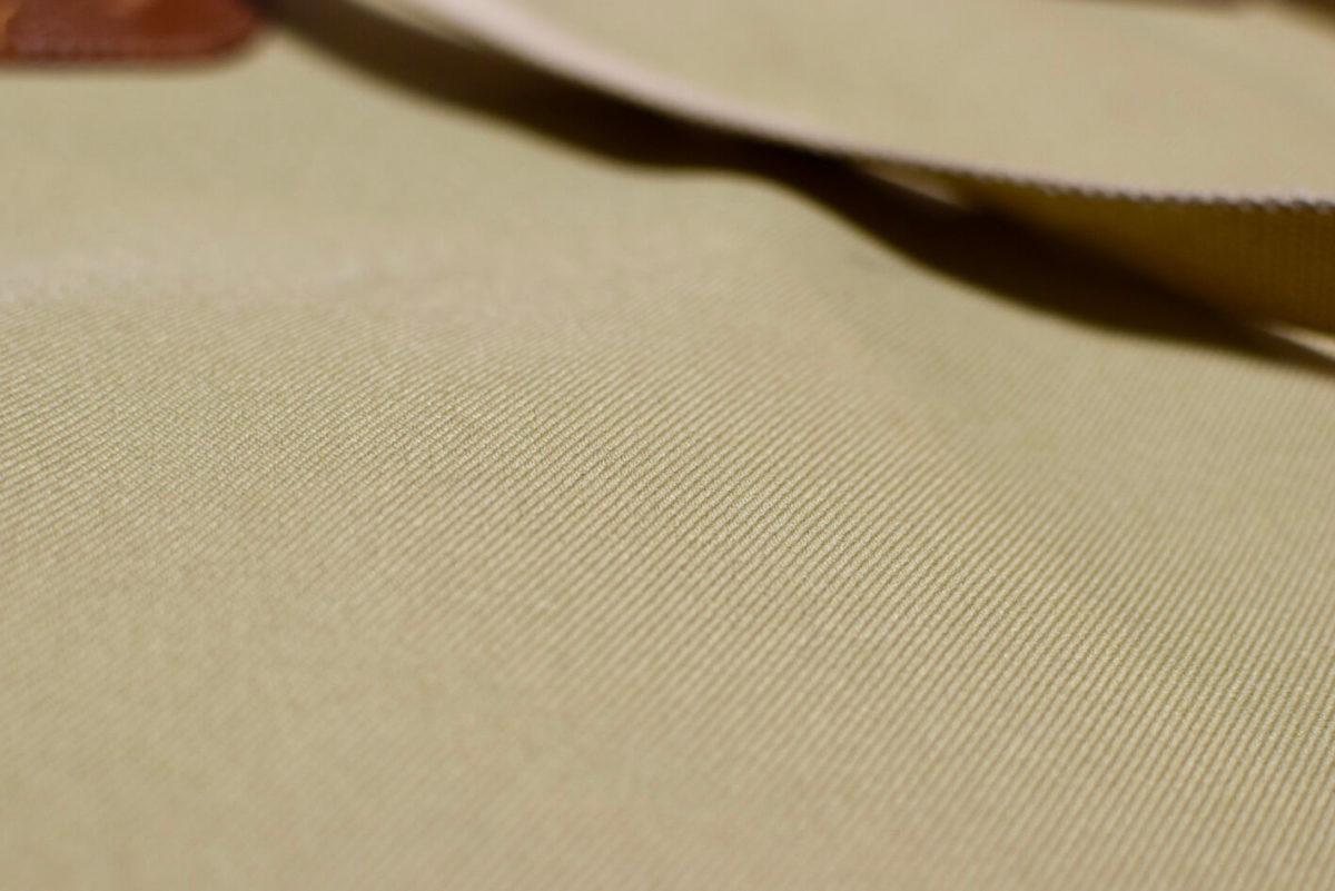 ブレディーのトートのキャンバス表面