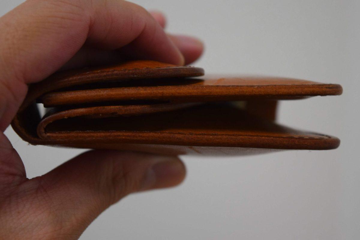 エンダースキーマのWalletを持っている写真