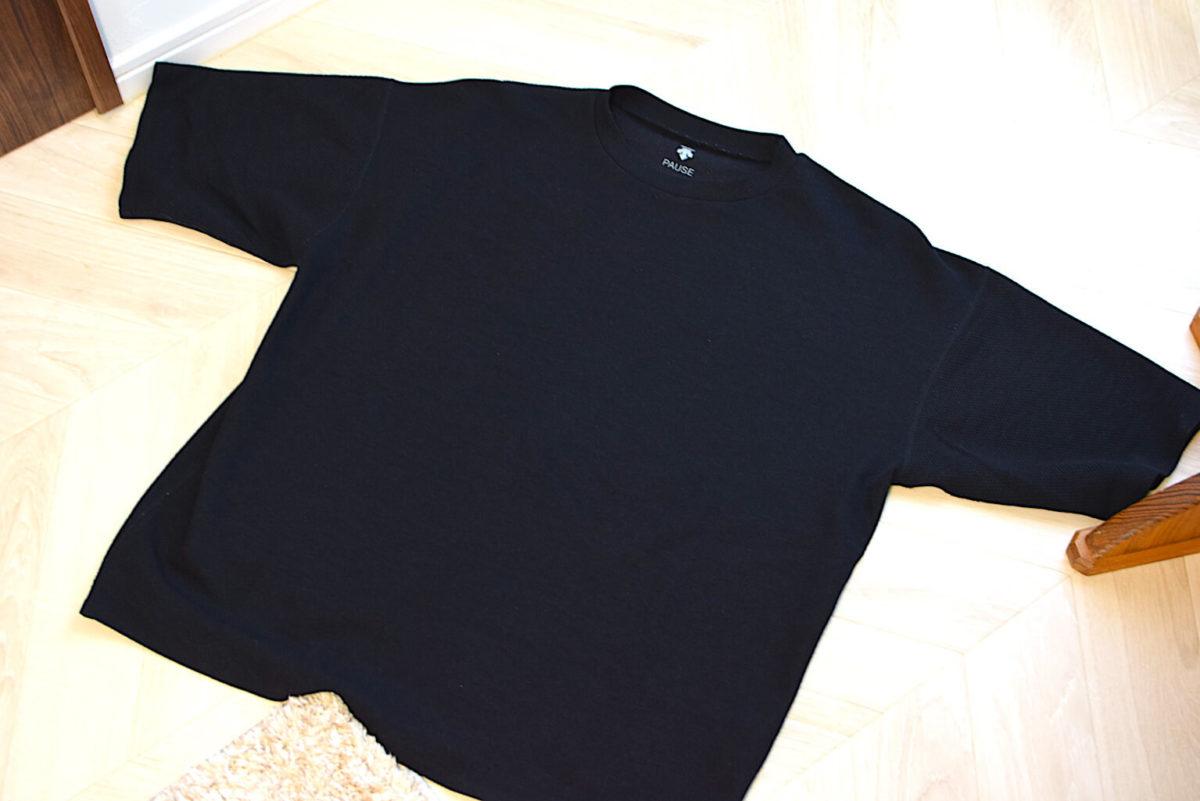 デサントポーズのTシャツの全体写真