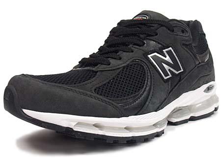 ニューバランスMR2002ブラック