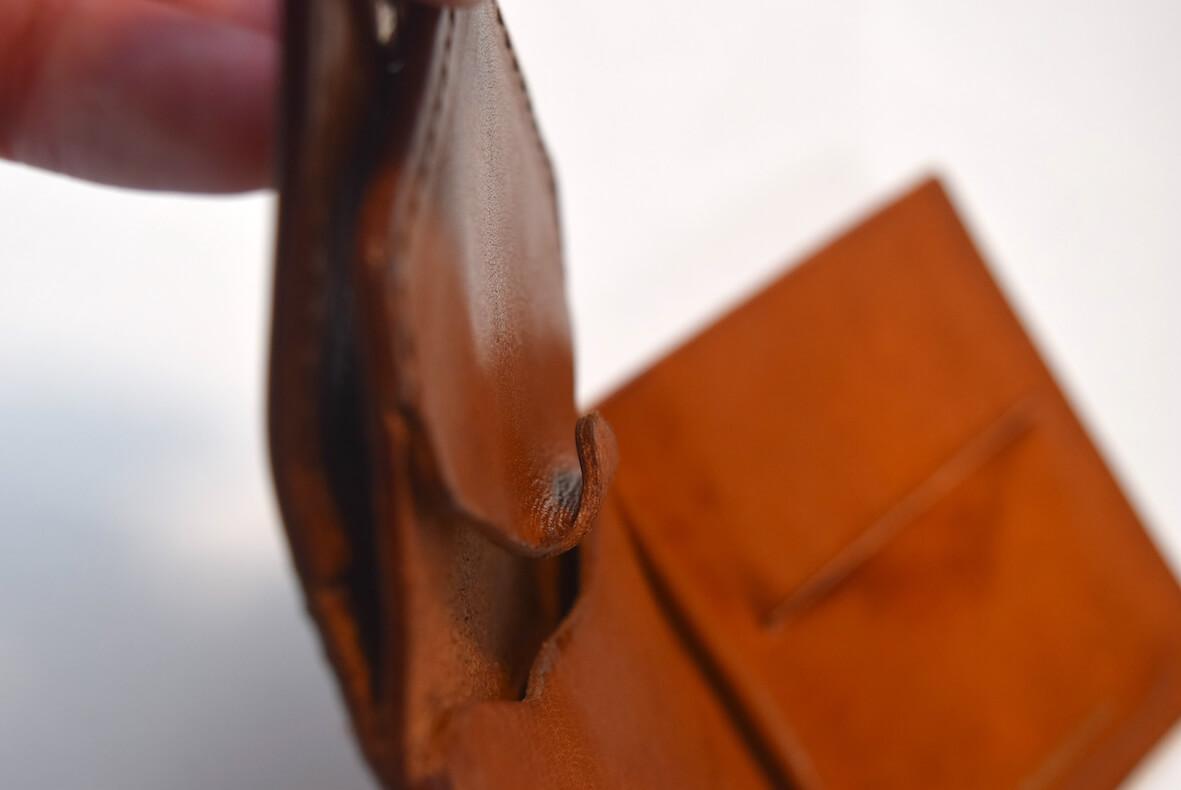 エンダースキーマの財布のコイン入れ