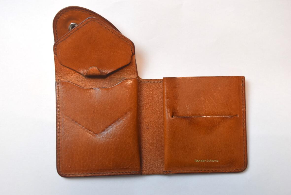 エンダースキーマの財布を開けた状態内側
