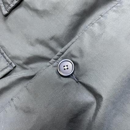 アークティックパーカーのボタン