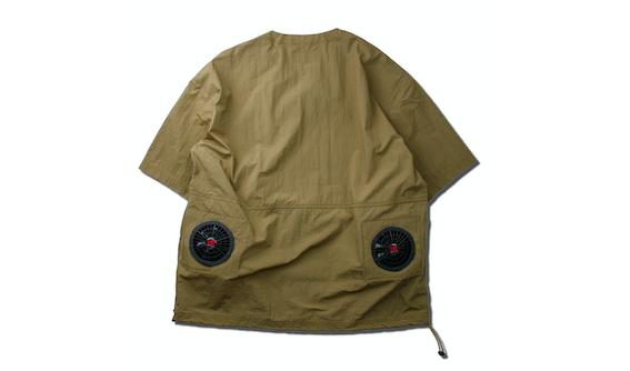 UNFRMのエアーシャツ