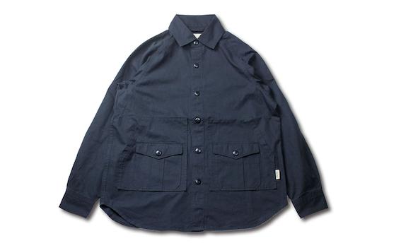 UNFRMのシャツジャケット