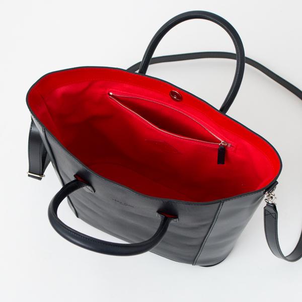 レオンフラムのトートバッグ2