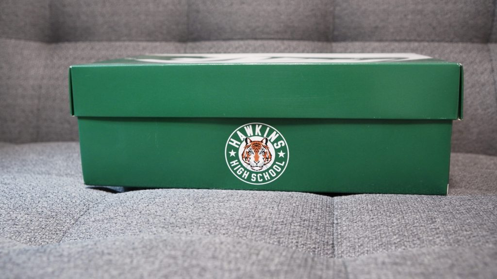 ストレンジャー・シングス×ナイキコラボの外箱